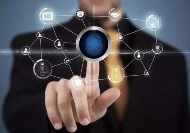 微信客服如何实现跨账号无障碍切换?